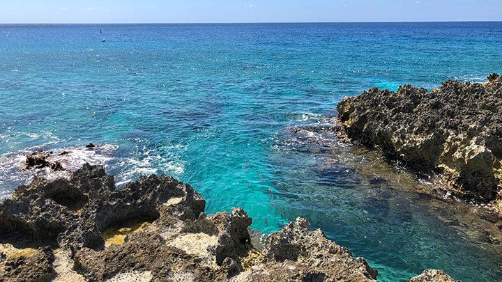 Snorkeling Lighthouse Reff Off Grand Cayman