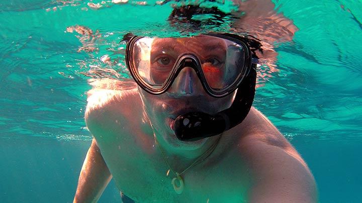 Snorkeling Herbies Place, Roatan